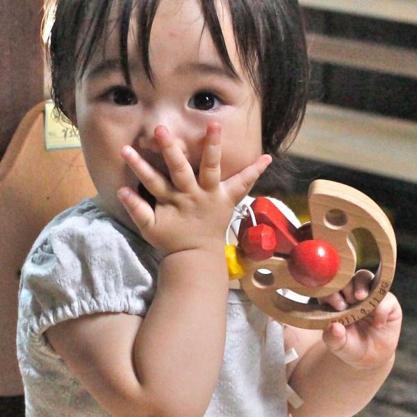 木のおもちゃ 出産祝い 0歳 1歳 知育 手作り/ びっくりピエロ( 日本製 おしゃぶりや歯がためにもOK! ) wooden-toys 06