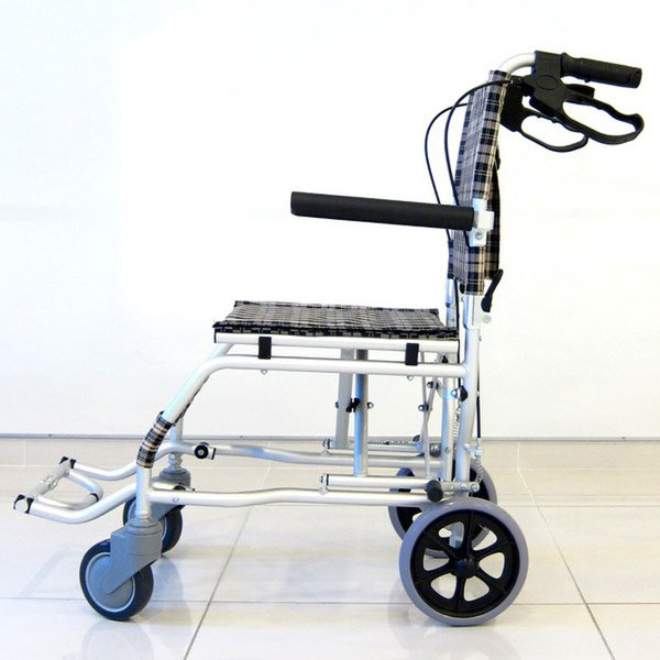 車椅子 全3色 簡易 車イス 送料無料 カドクラ KADOKURA ネクスト チェック A501-AK|xenashopping|04