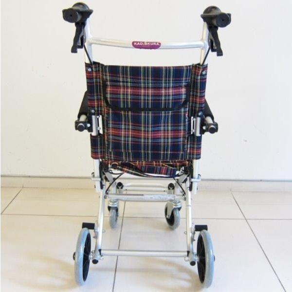 車椅子 全3色 簡易 車イス 送料無料 カドクラ KADOKURA タッチ A502-AK|xenashopping|05