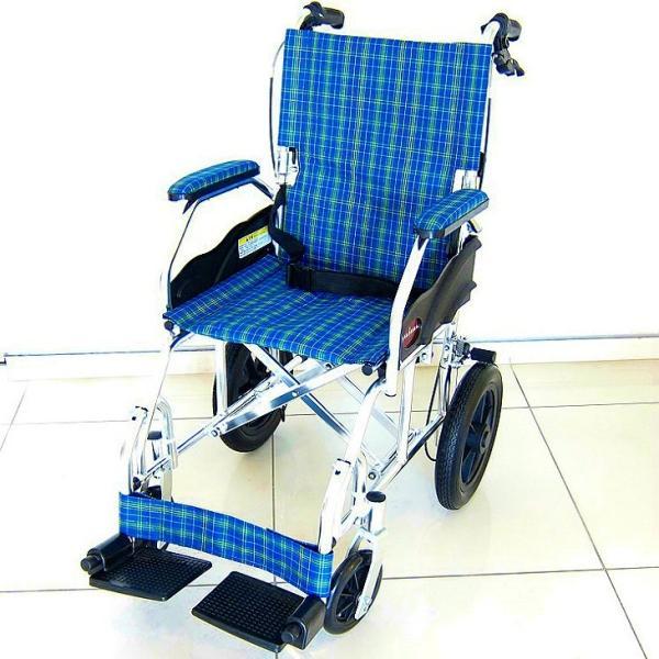 車椅子 全4色 介護用 車イス 送料無料 カドクラ KADOKURA クラウド ブルーチェック A604-ACP xenashopping 04