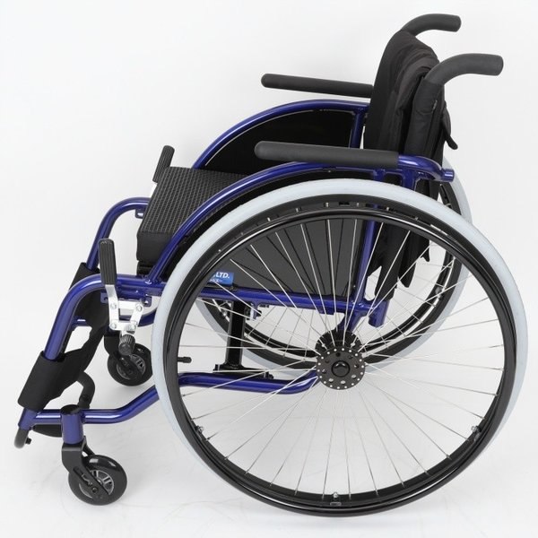 車椅子 自走式 スポーツ 車イス カドクラ KADOKURA ピリンフォリーナ B408|xenashopping|03