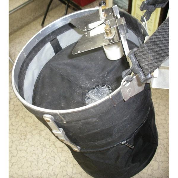 オリジナル ハエポンプ ハエ釣用エサ付けポンプ プッシュ式システム (自動えさ付け器)(右利き用)