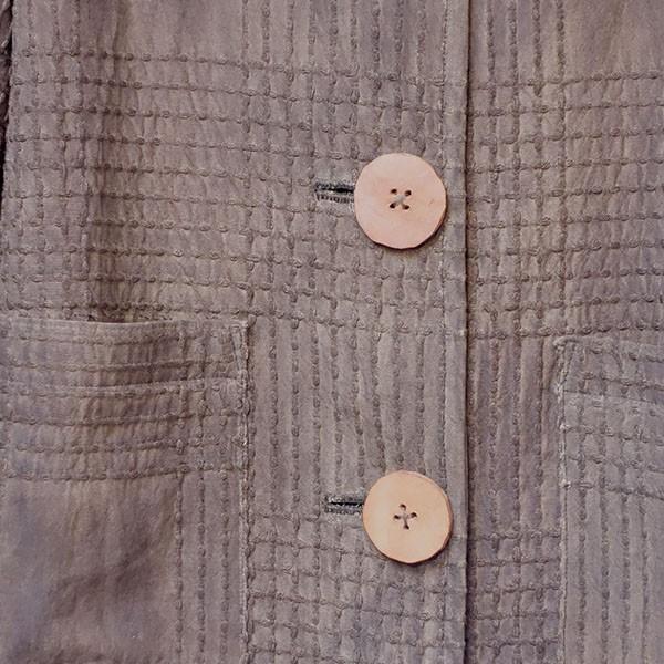 柿渋染め格子柄のレディース ロングジャケット 裏も柿渋染め絞り柄コート|yatsugatakestyle|05