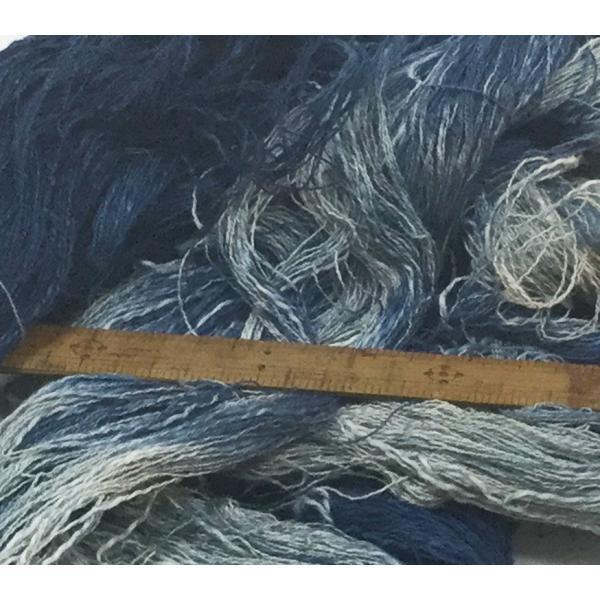 リネンと綿のスラブ糸の絣風藍染糸|yatsugatakestyle|02