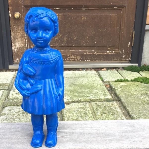 Clonette Doll 青 24cm クロ ネットドール ナタリーレテ 海 外のインテリア フランス 北欧  プラスチックドール キッチュ  カラフル
