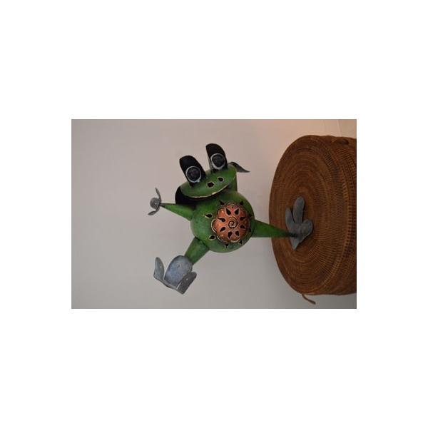 アジアン雑貨 バリ ♪アイアンのオドケカエル♪ 置物 オブジェ 小物入れ かえる アイアン エスニック|yayapapus-y