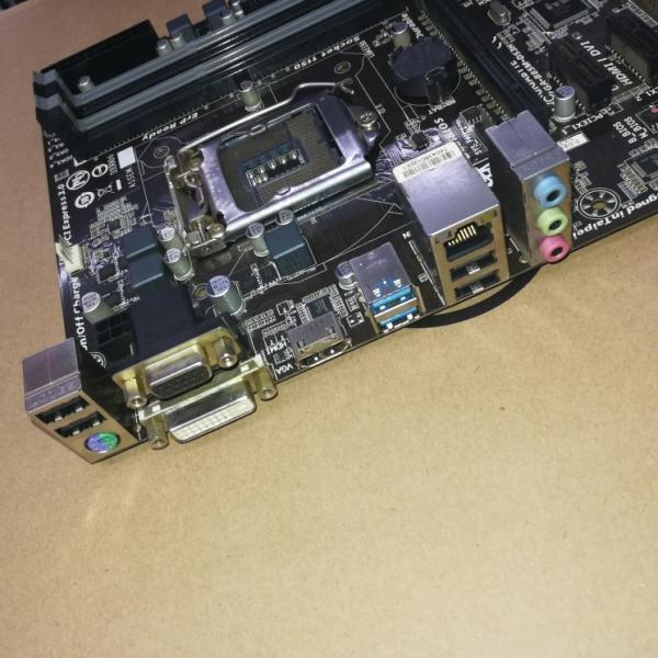 【中古美品】純正Gigabyte B85M-DS3H マザーボード Intel B85 LGA 1150 Micro ATX|yiwustore2|05