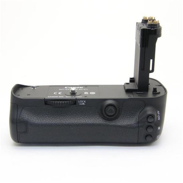《美品》Canon バッテリーグリップ BG-E11