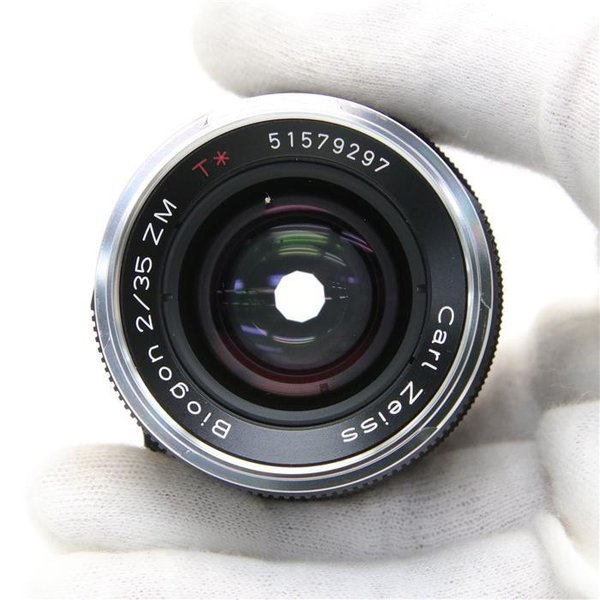 《良品》Carl Zeiss Biogon T* 35mm F2 ZM