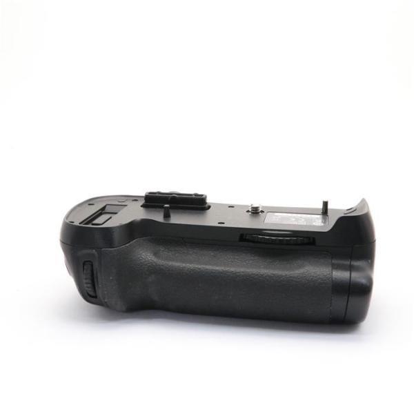 Nikon(ニコン) マルチパワーバッテリーパック MB-D12の画像