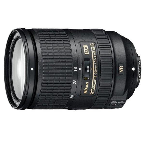 《新品》 Nikon(ニコン) AF-S DX NIKKOR 18-300mm F3.5-5.6G ED VR【¥10,000-キャッシュバック対象】