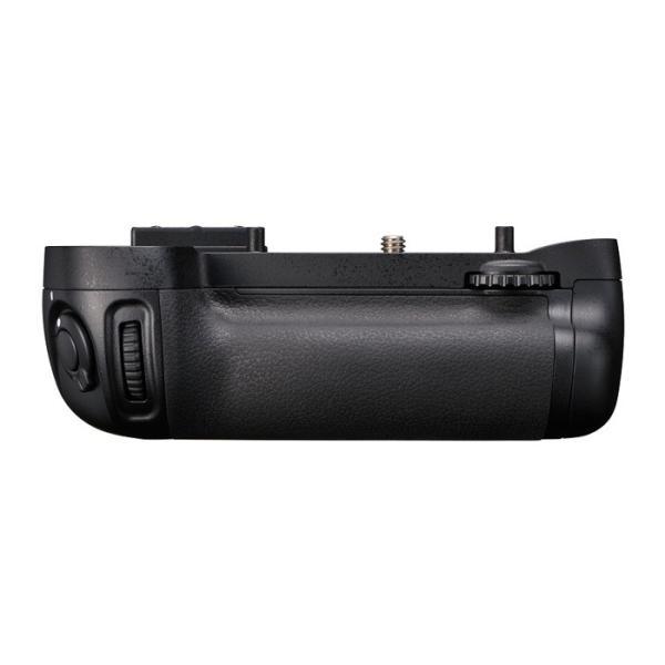 《新品アクセサリー》 Nikon(ニコン) マルチパワーバッテリーパック MB-D15 (対応機種:D7200、D7100)