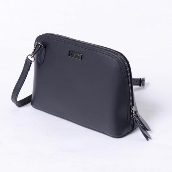 インポートブランド(import brand) ポーチ型バッグ レザー ブラック