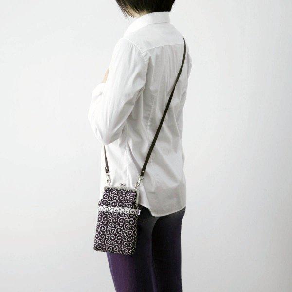 がま口ポシェット(鮫小紋柄)日本製 綿100% ジャカード織 伝統 米沢織 米織 小紋柄 和柄 和装 お着物 旅行 斜め掛け ドット|yozando-y|04