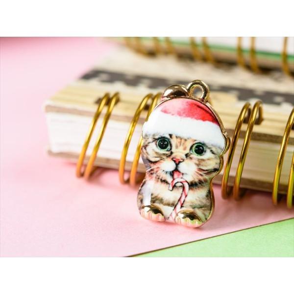 紗や工房 チャーム イラスト クリスマス猫 金 約23mmx14mm 1個 Buyee
