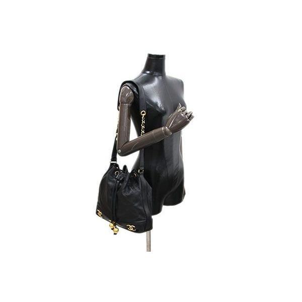 ef58fcc7d988 ... シャネル ワンショルダーバッグ ココマーク 巾着 ブラック ラムスキン 中古 チェーンショルダー ゴールド ヴィンテージ オールド レア