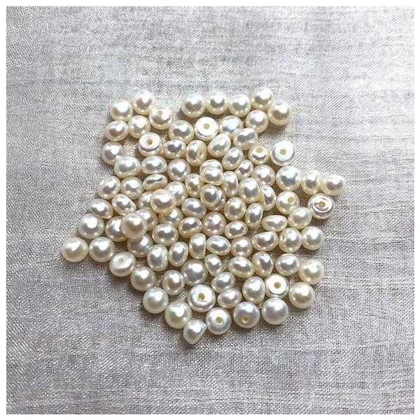 片穴 淡水パール ベビー ボタン フラットラウンド 極小 小粒 パーツ 素材 真珠 10粒 3mm|yusa-jewelry|03