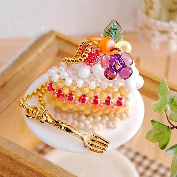 ビーズキット 『スウィーツチャーム3 (Sweets Charm 3) デコレーションケーキ・カット No.52』 MIYUKI ミユキ