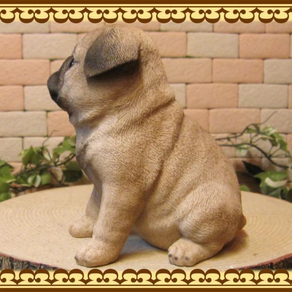 犬の置物 パグ リアルな犬の置物 お座りタイプ 子いぬのフィギア イヌのオブジェ ガーデニング 玄関先 陶器 zakkakirara 05