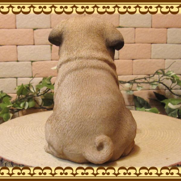 犬の置物 パグ リアルな犬の置物 お座りタイプ 子いぬのフィギア イヌのオブジェ ガーデニング 玄関先 陶器 zakkakirara 09