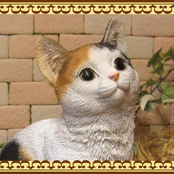 猫の置物 リアル 三毛猫の置物 癒し ミケネコ ネコのフィギア ねこのオブジェ キャット ガーデニング 玄関先 陶器 zakkakirara 06