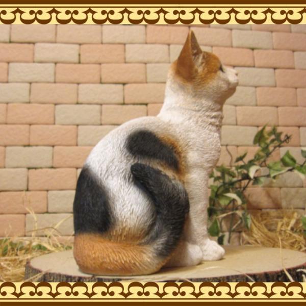 猫の置物 リアル 三毛猫の置物 癒し ミケネコ ネコのフィギア ねこのオブジェ キャット ガーデニング 玄関先 陶器 zakkakirara 08
