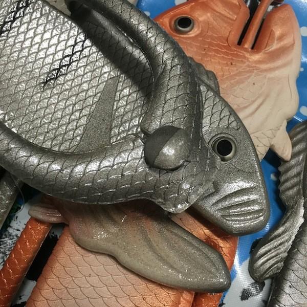 ぎょぎょぎょ!魚のビーチサンダル 23cm 23.5cm オレンジ系 レディース サカナ さかな ビーサン ビーチサンダル シーラカンス?実用性もバッチリ