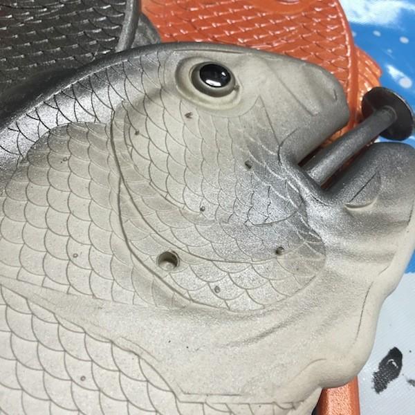 ぎょぎょぎょ!魚のビーチサンダル 23cm 23.5cm グレー系 レディース サカナ さかな ビーサン ビーチサンダル シーラカンス?実用性もバッチリ|zakkayakaeru|08