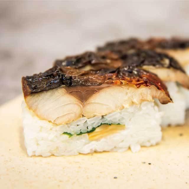 送料無料 おうちごはん ギフト さば寿司お取り寄せ 三太郎の極上鯖寿司、極上焼き鯖寿司セット 3-toku 03