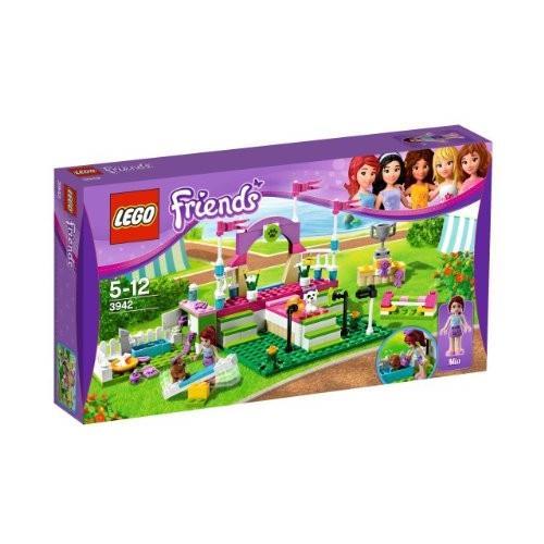 308278 LEGO Friends Heartlake Dog Show - 3942.