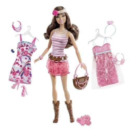 バービーBarbie Fashionistas Teresa Ultimate Wardrobe Boho Chic Doll