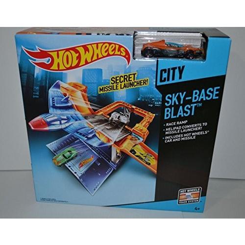ホットウィールHot Wheels City Sky-Base Blast With オレンジ Car