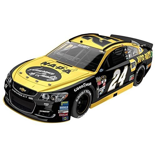 Lionel Racing Chase Elliott #24 Napa Darlington 2016 Chevrolet SS Nascar Diecast Car (1:24)