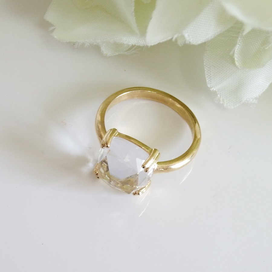 万華鏡のようなクォーツ(水晶)と透かし模様K18ゴールドリング airejewelry 03