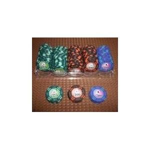 ゲーム   フォースポット チップセット100枚 (25 、 100 、 500) カジノチップ