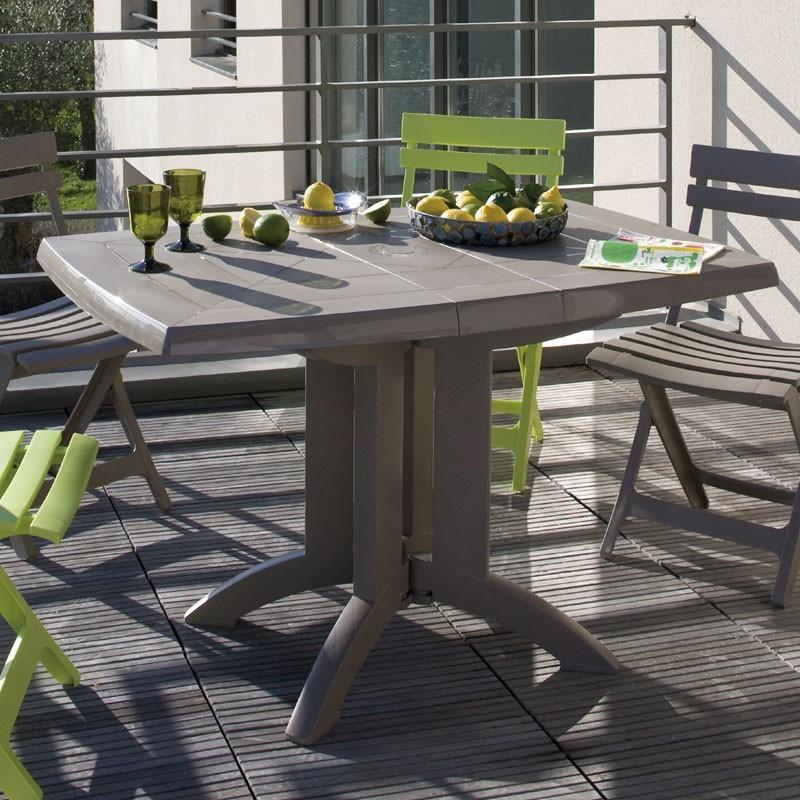 ガーデンテーブル 屋外用 テーブル フランス Grosfilex社製 ベガ テーブル118×77 トーブ GRS-T05T 完成品、折りたたみ可 ガーデン家具 庭 テラス