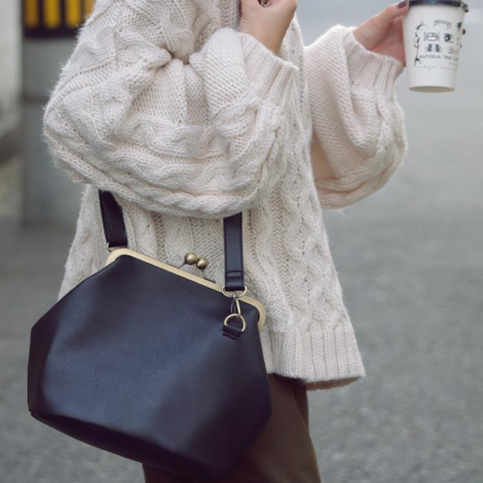 がま口 バッグ 合皮 ショルダー フェイクレザーバッグ 送料無料・4月20日0時〜再販。メール便不可 母の日 antiqua 17