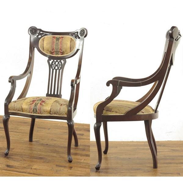 シングルソファー 52952b 座面張替え済み! 上品な透かし彫りと華麗な存在感 1910年頃 ヨーロピアンアンティーク家具 アンティークフレックス シングルソファー 52952b 座面張替え済み! 上品な透かし彫りと華麗な存在感 1910年頃 ヨーロピアンアンティーク家具 アンティークフレックス