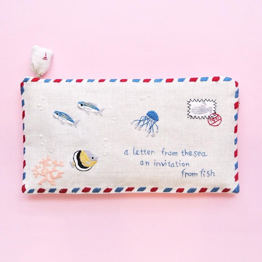 ポーチ エアメール 海からの手紙 品質検査済 マスクケース チョウチンアンコウ サンゴ クラゲ 1万円以上送料無料 日本全国 送料無料 ベトナム 送料200円 ハンドメイド 手刺繍