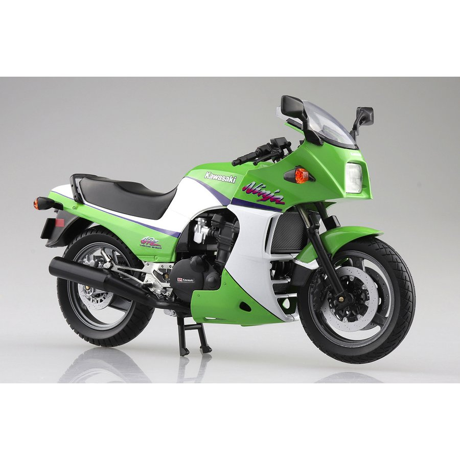 KAWASAKI GPZ900R (ライムグリーン)  1/12 完成品バイク #完成品|aoshima-bk
