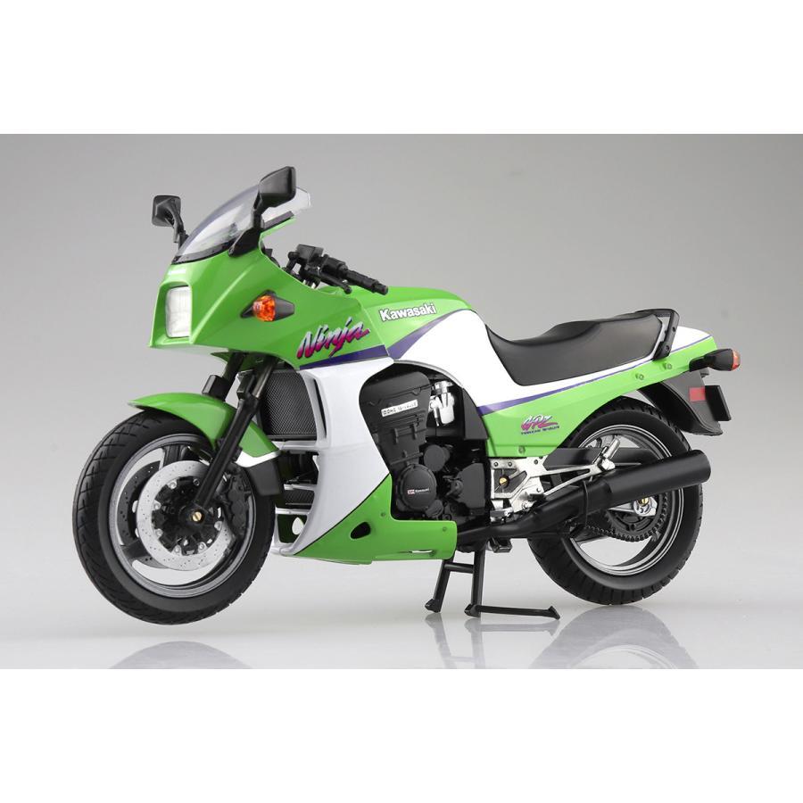 KAWASAKI GPZ900R (ライムグリーン)  1/12 完成品バイク #完成品|aoshima-bk|03