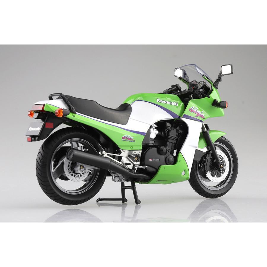 KAWASAKI GPZ900R (ライムグリーン)  1/12 完成品バイク #完成品|aoshima-bk|04