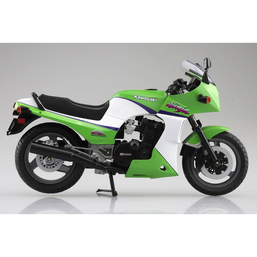 KAWASAKI GPZ900R (ライムグリーン)  1/12 完成品バイク #完成品|aoshima-bk|06