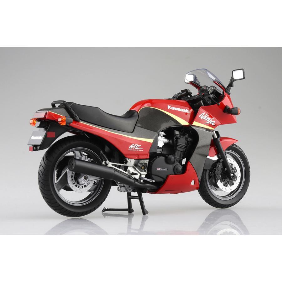KAWASAKI GPZ900R  (赤/灰)  1/12 完成品バイク #完成品|aoshima-bk|04