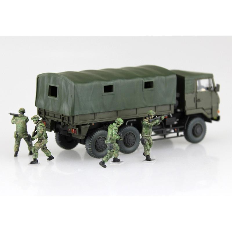 陸上自衛隊 3 1/2t トラック装甲強化型(隊員6体セット) 1/72 ミリタリーモデルキット No.11 #プラモデル|aoshima-bk|04