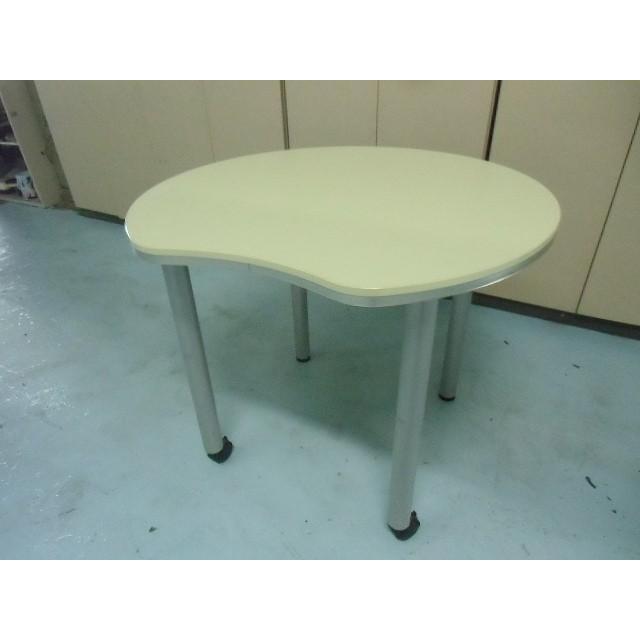 会議テーブル イトーキ ライトグリーン ライトグリーン ライトグリーン サイズ:幅850×奥行800×高さ700mm 色:ライトグリーン 646