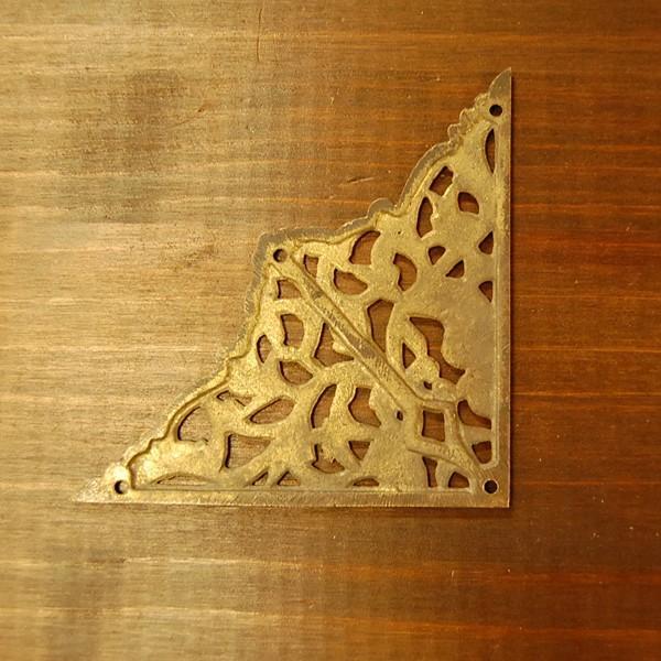 ブラス飾り 角飾り 真鍮金具 インドネシア直輸入 インテリアパーツ 古色仕上げ DIY 家具部品 修理部品 飾り部品 アンティーク|artcrew|02