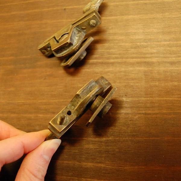 ブラス463 回転止め金具 真鍮金具 インドネシア直輸入 インテリアパーツ 古色仕上げ DIY おしゃれ アンティーク仕上げ artcrew 04