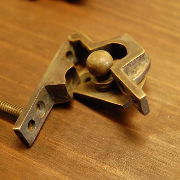 ブラス463 回転止め金具 真鍮金具 インドネシア直輸入 インテリアパーツ 古色仕上げ DIY おしゃれ アンティーク仕上げ artcrew 05