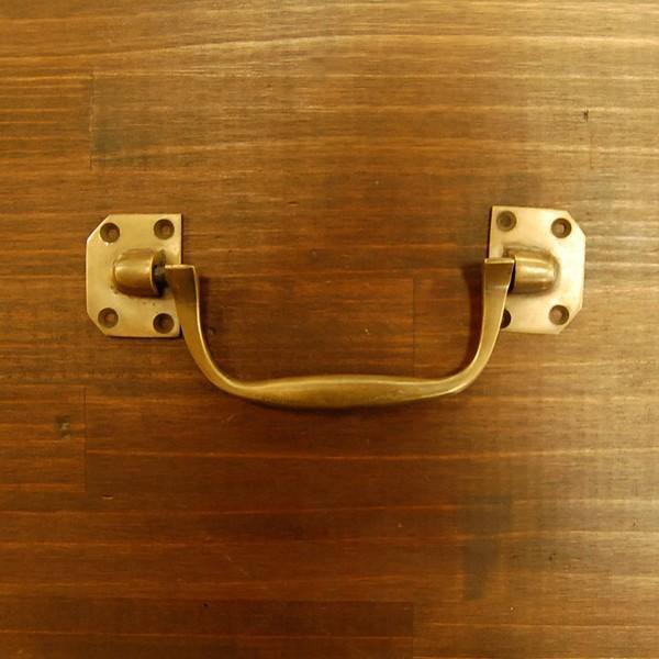 取っ手 真鍮把手 ブラス おしゃれ 引き出し バッグ持ち手 インテリアパーツ アンティーク仕上げ 古色仕上げ DIY 付け替え 修理 家具部品 インドネシア直輸入 artcrew